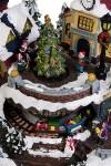 Украшение новогоднее светящееся, музыкальное и двигающееся Зимние забавы