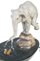 Фонтан декоративный электрический Слон и белочка