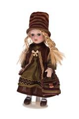 Кукла Малышка в шапочке