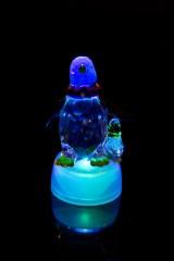 Фигурка светящаяся Пингвины