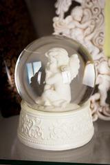 Сувенир Ангел в шаре