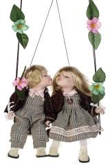 Набор кукол Влюбленные малыши на качелях
