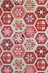Бумага упаковочная новогодняя Алые снежинки