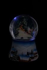 Украшение новогоднее светящееся и музыкальное Шар - Время подарков