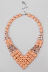 Ожерелье Мона