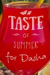 Бокал для коктейля с именной гравировкой Taste of summer