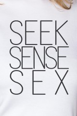 Футболка женская Seek sense sex