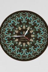 Часы настенные с Вашим именем Точечная роспись