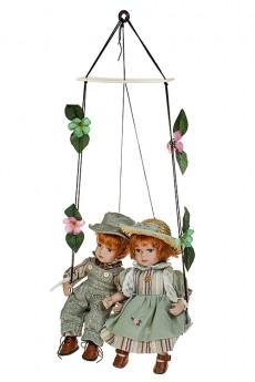 Набор кукол «Влюбленные малыши на качелях»