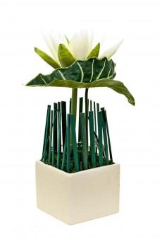 Композиция декоративная (с подсветкой) «Белая лилия»