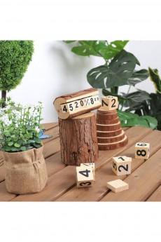 Деревянный календарь «Кубики в полене»