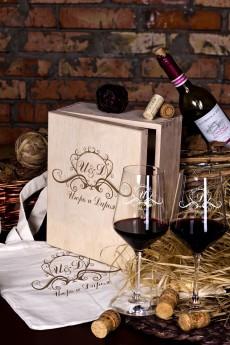Набор бокалов подарочный с именной гравировкой «Фамильный герб»