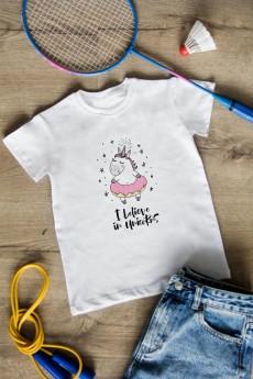 Футболка детская «I believe in unicorns»