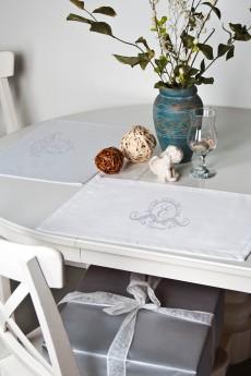 Набор салфеток с именной вышивкой (2шт) «Фамильный герб»