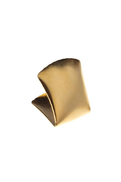Украшение маскарадное для взрослых Золотой зубМаскарадные костюмы<br>Пластм., металл<br>