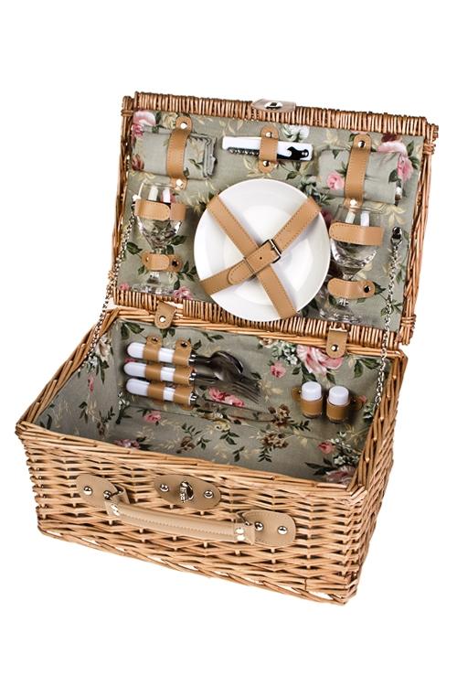 Набор-сундук для пикника СундукДача и Путешествия<br>Набор для пикника в плетеной корзине на 2 персоны. Цвет: светло-коричневый (вилки - 2шт, ложки - 2шт, ножи - 2шт, тарелки - 2шт, бокалы - 2шт, открывалка универсальная, набор для специй, салфетки - 2шт)<br>