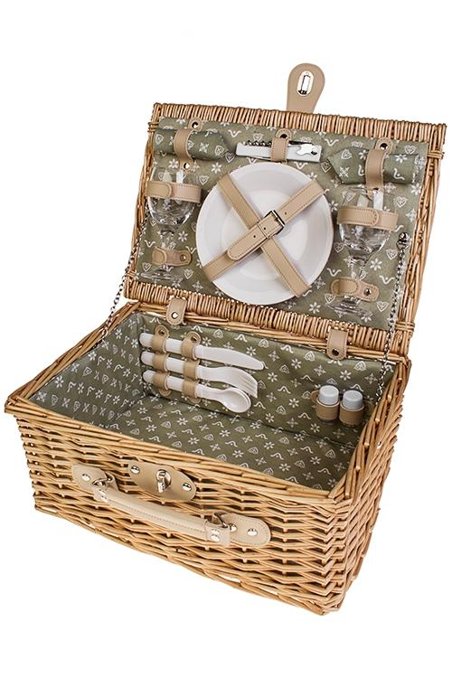 Набор-сундук для пикника СундукНаборы для пикника и ланч-боксы<br>Набор для пикника в плетеной корзине на 2 персоны. Цвет: светло-бежевый  (вилки - 2шт, ложки - 2шт, ножи - 2шт, тарелки - 2шт, бокалы - 2шт, открывалка универсальная, набор для специй, салфетки - 2шт)<br>