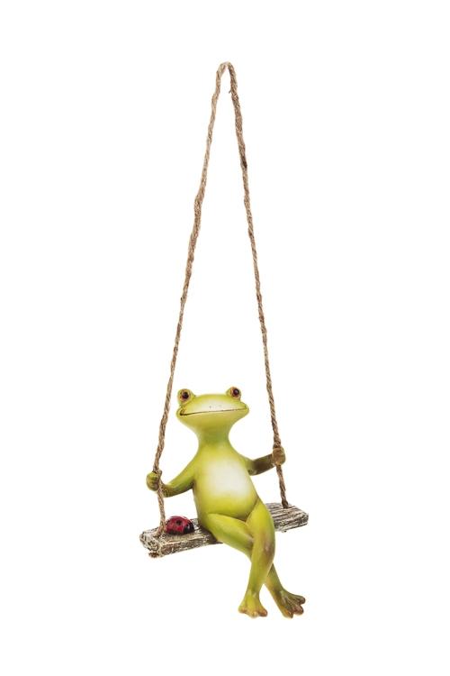 Фигурка садовая Лягушка на качеляхИнтерьер<br>Выс=16см, полирезин, подвесная<br>