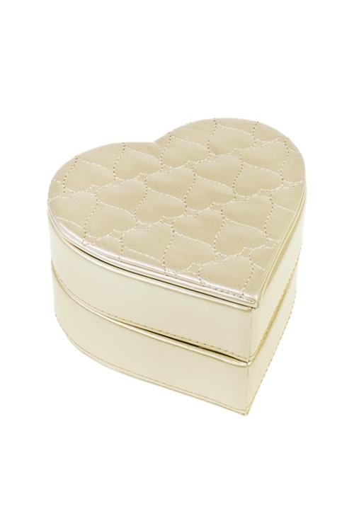 Шкатулка для ювелирных украшений Жемчужное сердцеШкатулки и наборы по уходу<br>13*13*8см, искусств. кожа, текстиль, крем.<br>