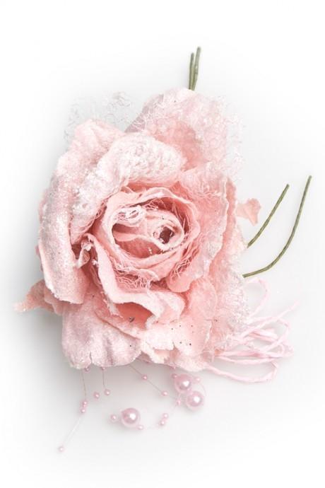 Цветок декор. Нежная розаДекоративные цветы<br>Выс=22см, Д=12см, текстиль, нежно-розовый, с бусинами<br>