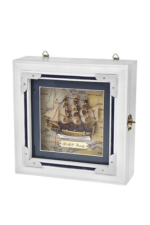 Ящик для ключей Счастливый корабльПодарки на 23 февраля<br>20*20*7см, дерево, стекло, металл, бело-золот. (2 вида)<br>