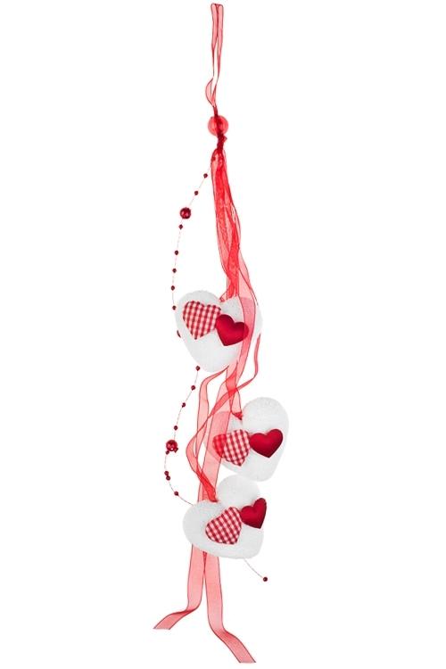 Украшение декоративное из 3-х сердец Парящие сердцаДекоративные гирлянды и подвески<br>Дл=46см, войлок, красно-белое, на веревке<br>