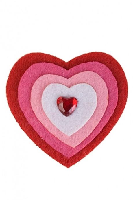 Сувенир Разноцветное сердцеМагниты<br>Выс=6см, войлок, акрил, на магните (3 вида)<br>