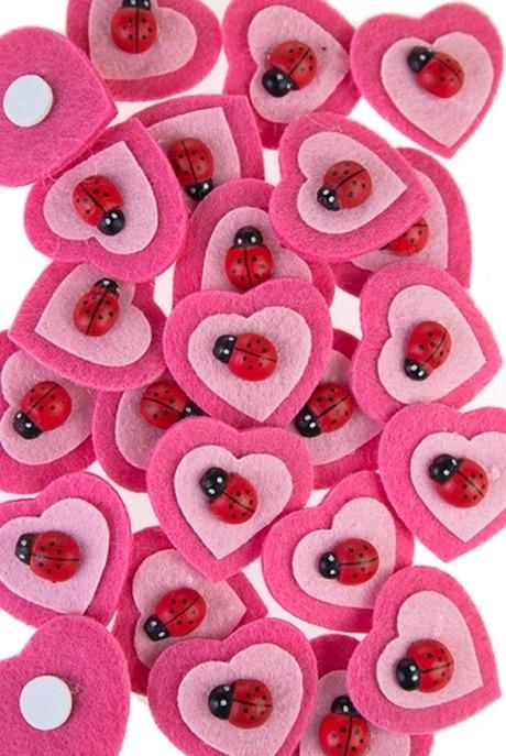 Набор сувениров Сердечки с божьей коровкойСувениры на липучке<br>Войлок, на липучке<br>