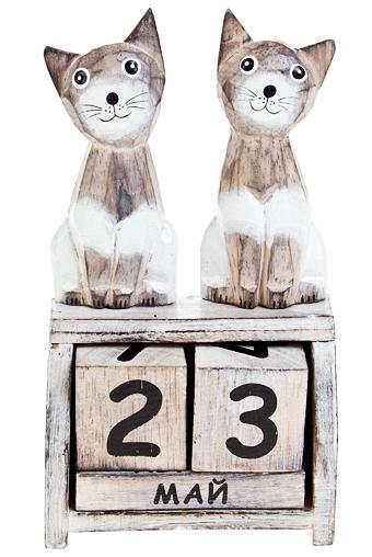 Календарь настольный Кошачья парочкаНастольные календари<br>11*5.5*19.5см дерев.<br>