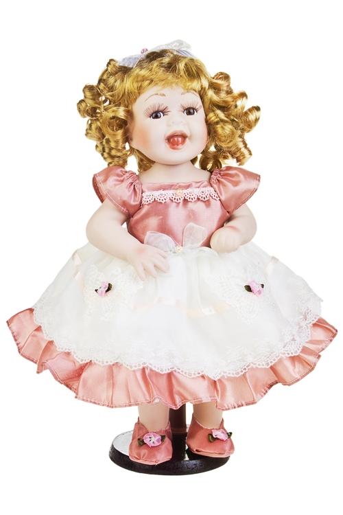 Кукла Кудряшка с бантикомФарфоровые куклы<br>Выс=38см, фарфор, текстиль, в св.-розовом платье, на подставке<br>