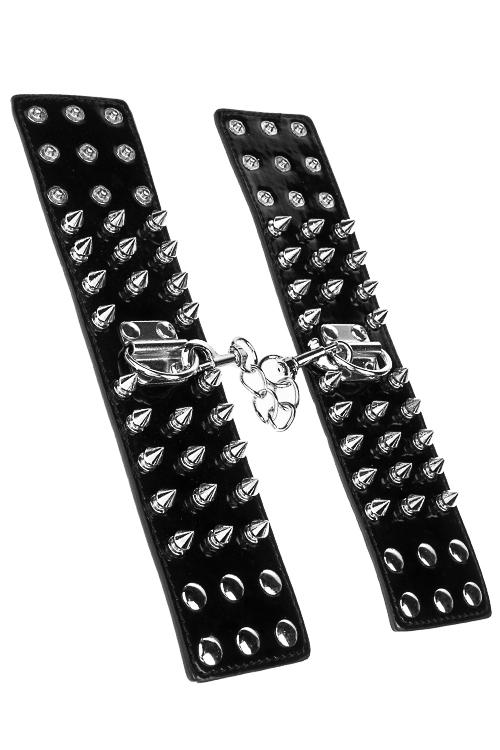 Сувенир Наручники с шипамиМаскарадные костюмы<br>ПУ, металл, черный<br>