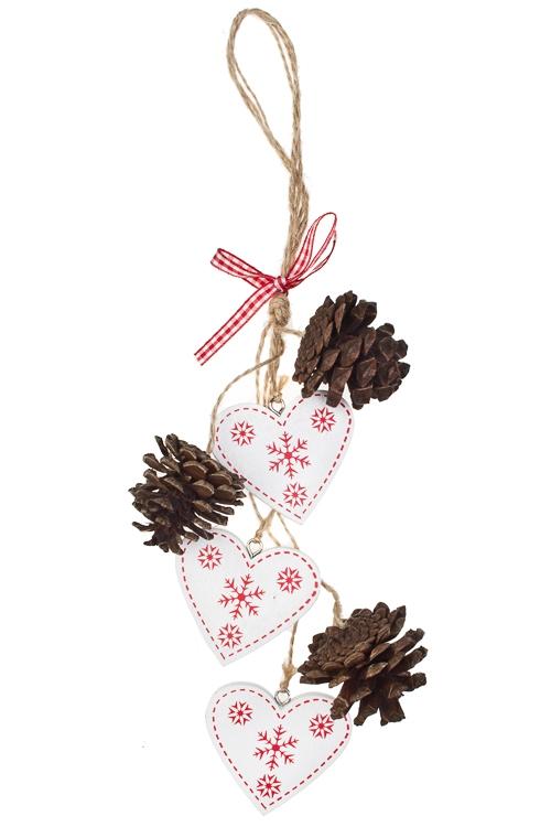 Украшение декоративное Сердца с шишкамиДекоративные гирлянды и подвески<br>Дл=35см, дерево, бело-красное, подвесное<br>