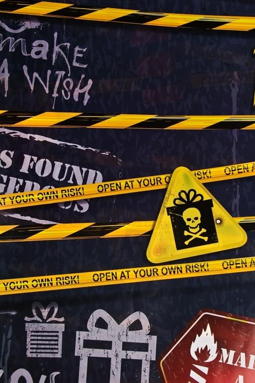 Бумага упаковочная Особо опасноСувениры и упаковка<br>70*100см<br>