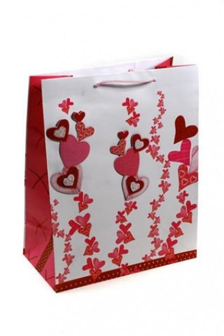 Пакет подарочный Зарождение чувствПакеты про Любовь<br>26.4*13.6*32.7см, бум., с декором<br>