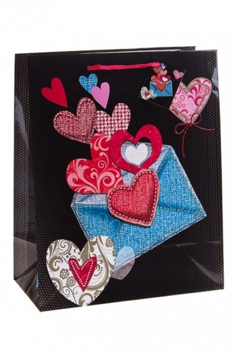 Пакет подарочный Сердца в конвертеСувениры и упаковка<br>26.4*13.6*32.7см, бум., с декором<br>