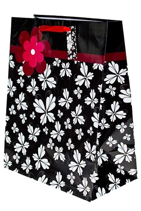 Пакет подарочный Цветочные бабочкиСувениры и упаковка<br>32.3*17.8*40.6см бум. с декором<br>