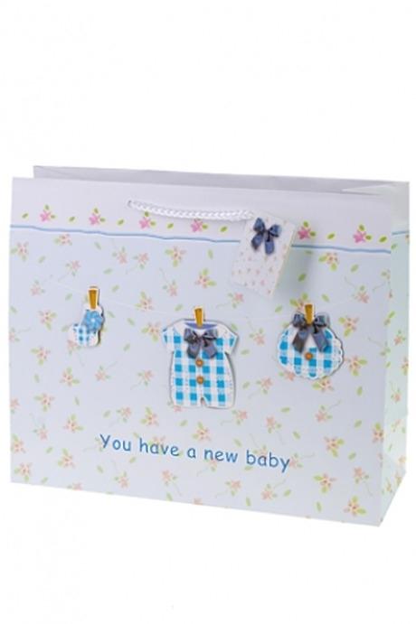 Пакет подарочный Новорожденный малышПакеты «С новорожденным»<br>32.4*11.4*26.4см, бум., с декором<br>