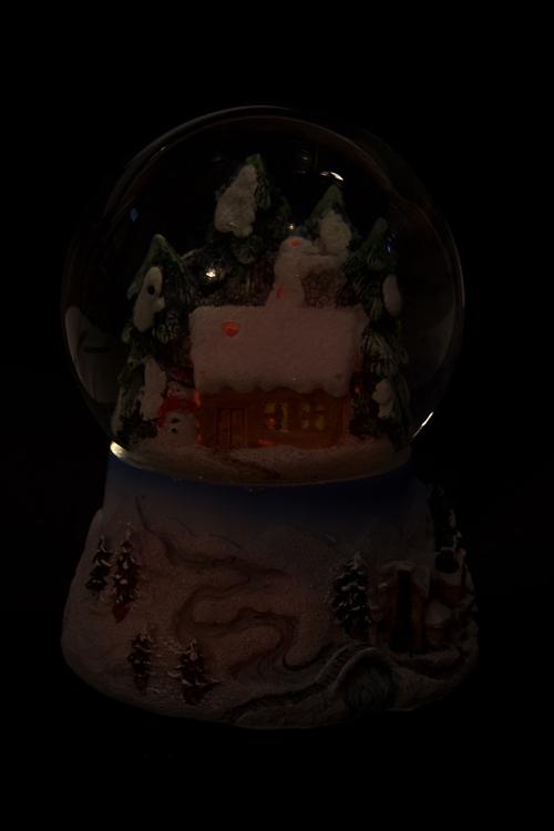 """Украшение новогоднее светящ. и музык. """"Шар - Домик в лесу"""" - 3"""