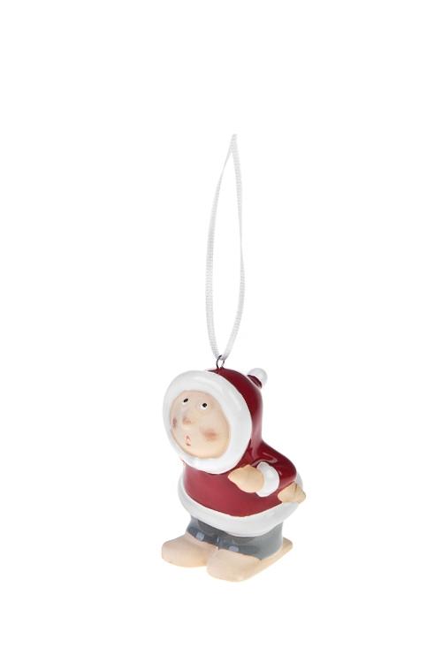 Украшение декоративное Малыш на лыжахЕлочные игрушки<br>Выс=8см, керам., серо-красно-белое, подвесное (2 вида)<br>