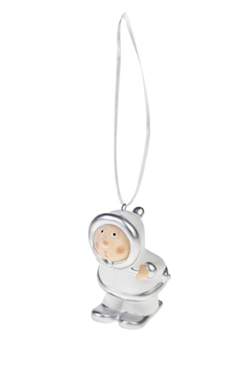 Украшение декоративное Малыш на лыжахЕлочные игрушки<br>Выс=8см, керам., бело-серебр., подвесное (2 вида)<br>