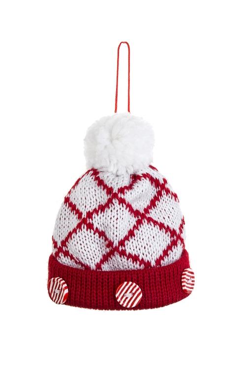 Украшение декоративное Вязаная шапочкаСувениры и упаковка<br>7*9см, текстиль, бело-красное, подвесное (2 вида)<br>