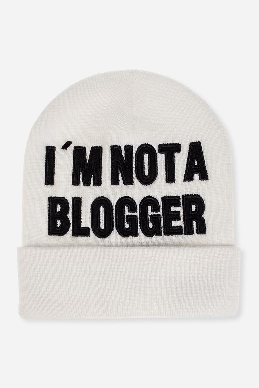 Шапка Не блоггерМатериал: 100% акрил<br>
