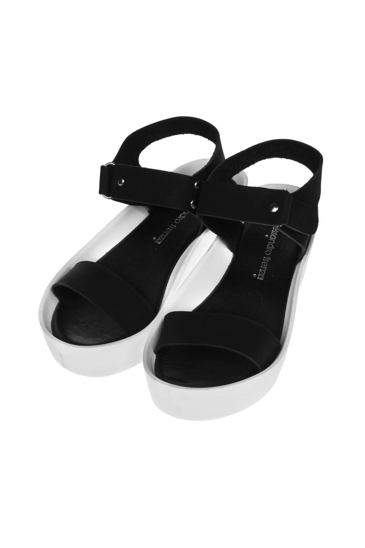 Босоножки женские ТокараОдежда, обувь, аксессуары<br>Материал: искусственная кожа. Длина внутренней стельки - 24 см.<br>