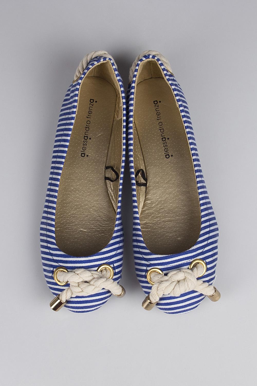 Балетки женские Си СтрайпРаспродажа Black Friday<br>Материал верха: искусственная кожа. Материал стельки: искусственная кожа. Материал подошвы: резина. Обувь является маломерной на размер.<br>