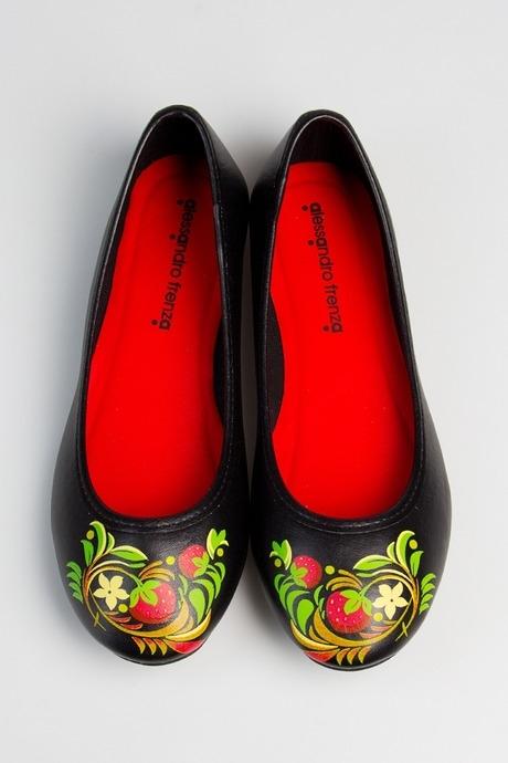 Балетки женские Лесная земляникаРаспродажа Black Friday<br>Материал верха: искусственная кожа. Материал стельки: искусственная кожа. Материал подкладки: хлопок. Материал подошвы: резина.  Обувь является маломерной на размер.<br>