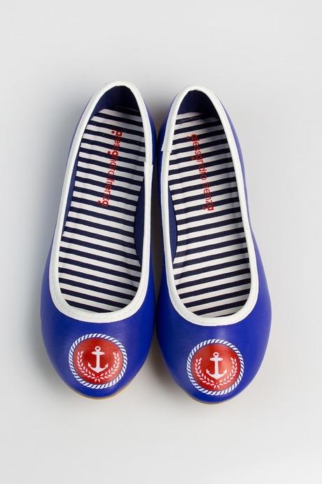 Балетки женские Морской стильРаспродажа Black Friday<br>Материал верха: искусственная кожа. Материал стельки: искусственная кожа. Материал подкладки: хлопок. Материал подошвы: резина.  Обувь является маломерной на размер.<br>