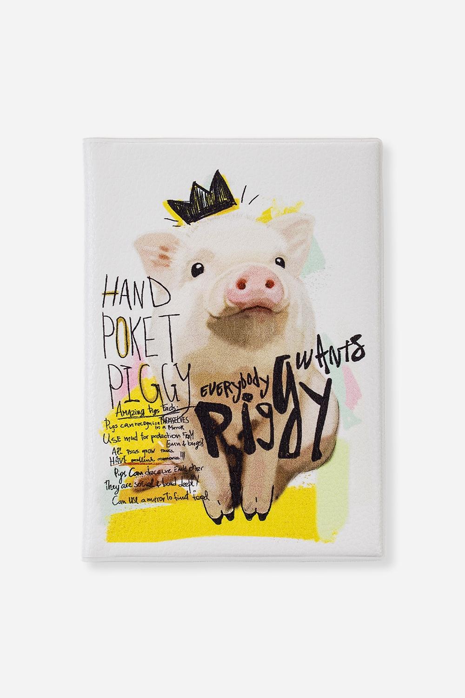 Обложка для паспорта Принцесс ПигДача и Путешествия<br>Материал: искусственная кожа. Размер: 10*14см. Внутри обложки имеются два кармашка.<br>