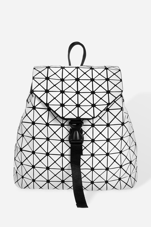 Рюкзак Нью лукРаспродажа Black Friday<br>Материал: искусственная кожа. Размер: 34*32см.<br>