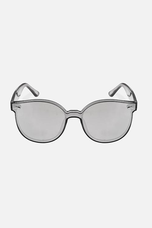 Очки солнцезащитные СитиОдежда, обувь, аксессуары<br>Очки солнцезащитные с зеркальным эффектом. Высокая степень защиты от UV-излучения (400). Материалы: пластик<br>