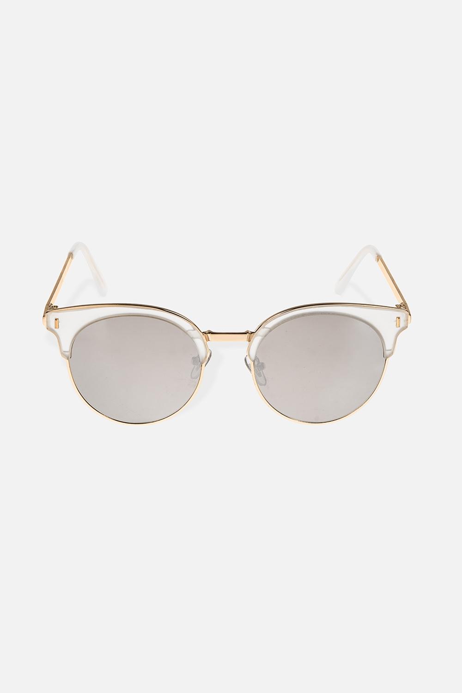Очки солнцезащитные ЛеслиОдежда, обувь, аксессуары<br>Очки солнцезащитные с зеркальным эффектом. Высокая степень защиты от UV-излучения (400). Материалы: пластик, металл<br>